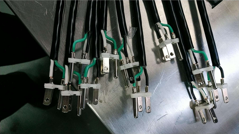 3-Pin Plug Connector Crimping Machine